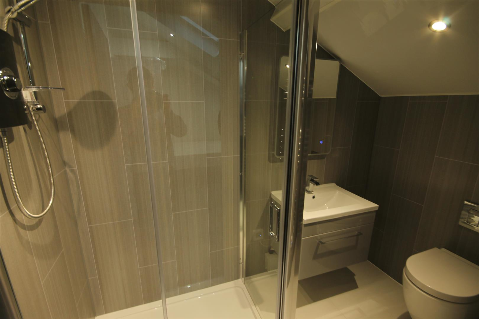 15-21 Nun Street Newcastle Upon Tyne, 2 Bedrooms  Apartment - conversion ,To Let